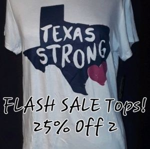 ** Popular Sports Texas Strong Hurricane Graphic T